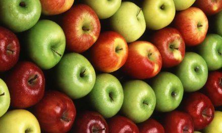 ایک سیب روزانہ کھانے کے ناقابل یقین فائدے