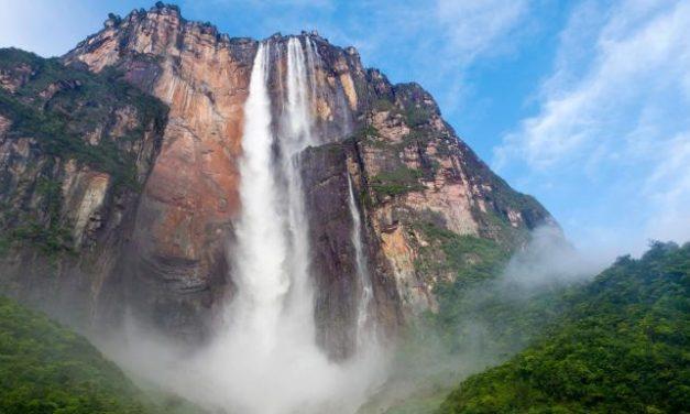 دنیا کی بلند ترین آبشار