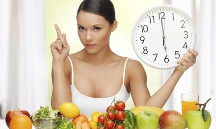 کیا واقعی شام چھے بجے کے بعد کھانے سے اجتناب کرنا چاہئے؟