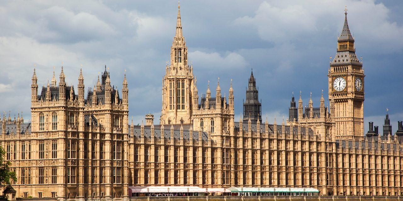 چک سواری سے برطانوی پارلیمنٹ تک