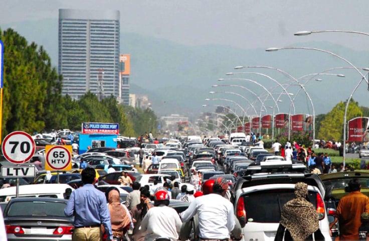 ٹریفک جام مسئلہ اور ہمارے عمومی رویے
