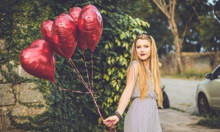 مردوں کے مقابلے میں خواتین کا دل کیوں تیز دھڑکتا ہے؟