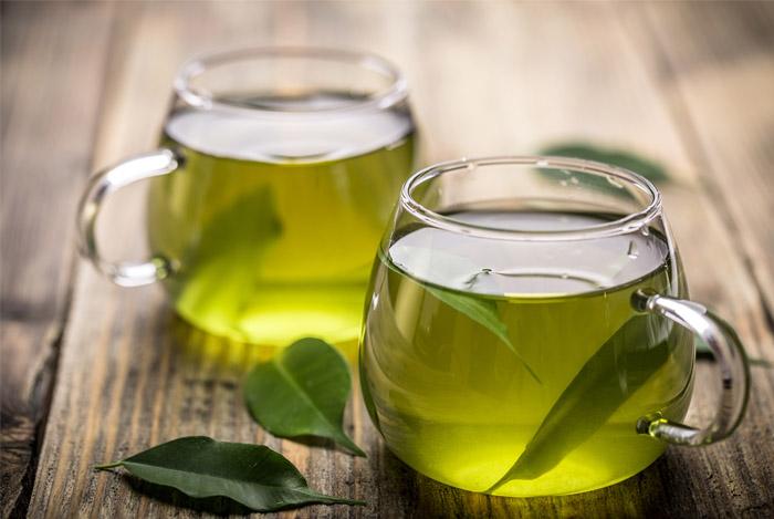 سبز چائے کا یہ فائدہ جانتے ہیں؟
