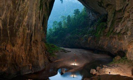 کیا آپ جانتے ہیں کہ اس غار کی اپنی آب و ہوا، جنگلات، دریا اور بادل ہیں؟