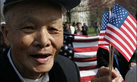 امریکی صدر اپنے کسی ہم وطن کو اس کی 100ویں سالگرہ پر کیا تحفہ پیش کرتا ہے؟