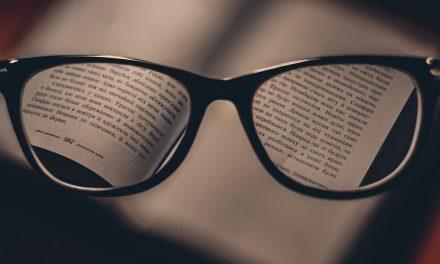 عینک کے شیشے صاف کرنے کا ٹوٹکا