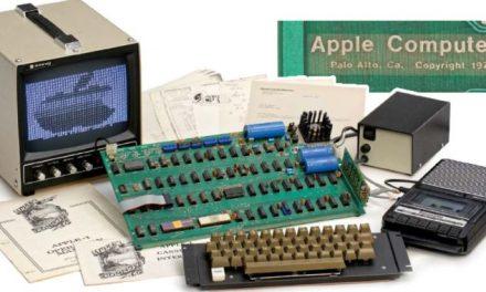 گیارہ اپریل، جب ایپل ون کمپیوٹر متعارف کرایا گیا