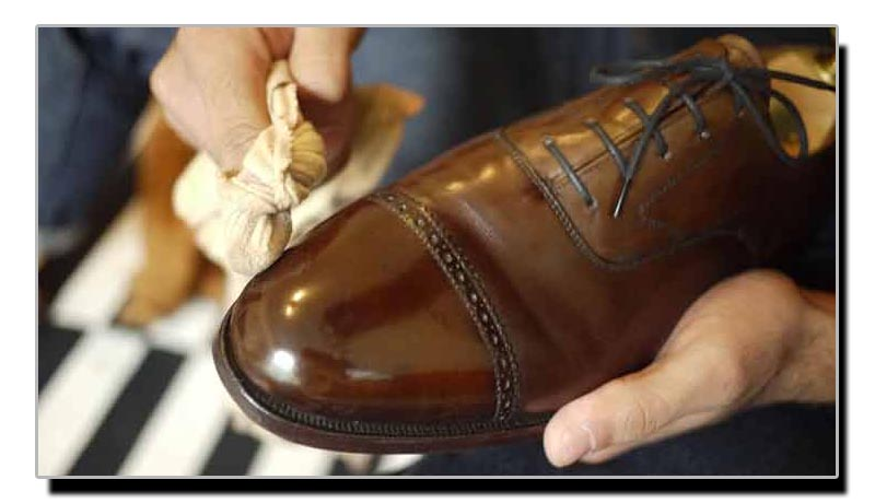 جوتوں کو چمکانے کا آسان گھریلو ٹوٹکا