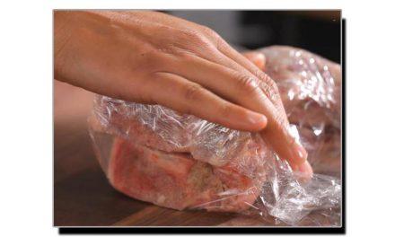 فریز کئے ہوئے گوشت کو پگھلانے کا ٹوٹکا
