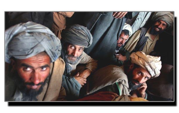 مغلوں اور ایرانیوں کے ہاتھوں پشتونوں کی کردار کُشی