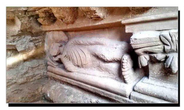 بھمالہ، گوتم بدھ کے انتقال کا منظر پیش کرتا مجسمہ