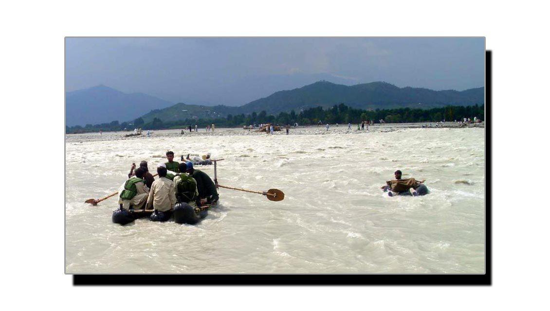 دریائے سوات نے خطرے کی گھنٹی بجا دی