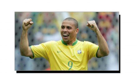 اٹھارہ ستمبر، برازیلین فٹ بالر رونالڈو کا یومِ پیدائش