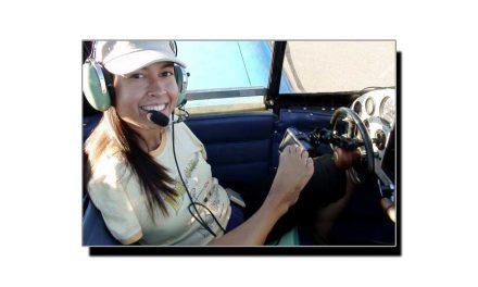 دونوں بازوؤں سے محروم دنیا کی پہلی خاتون پائلٹ