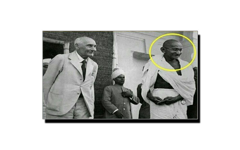 جانتے ہیں مہاتما گاندھی کی اس تصویر کی تاریخی اہمیت کیا ہے؟