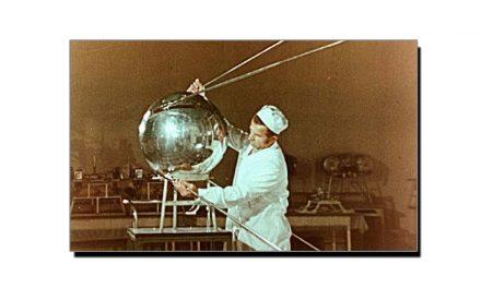 4 اکتوبر، جب روس نے اپنا پہلا مصنوعی سیارہ خلا میں بھیجا