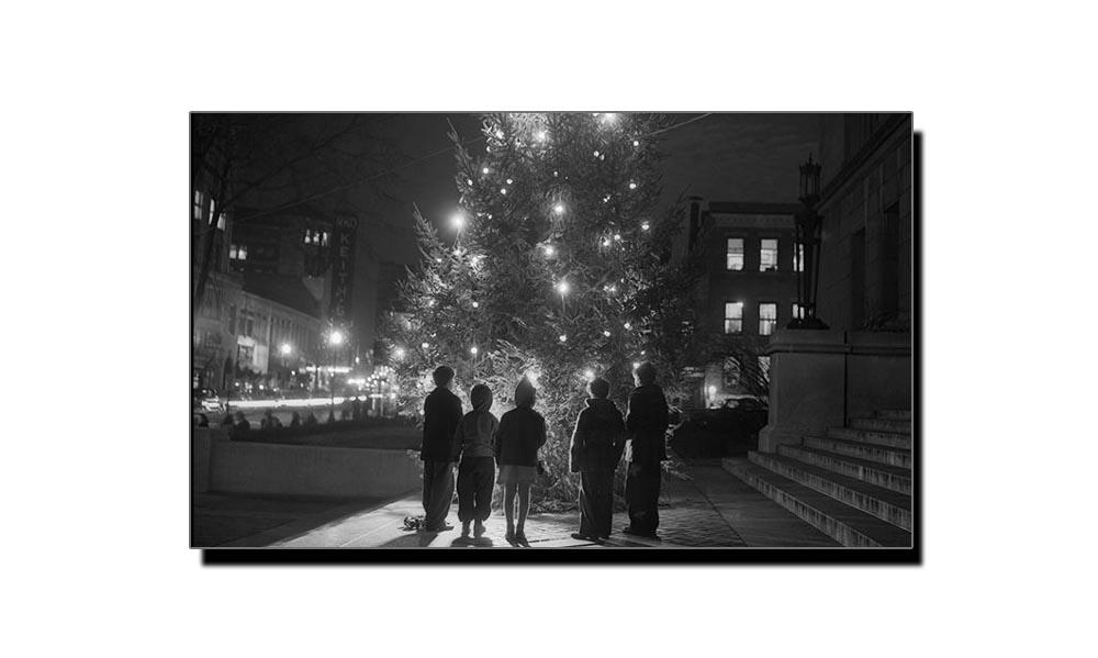 22 دسمبر، جب پہلی بار برقی قمقموں سے کرسمس درخت سجایا گیا