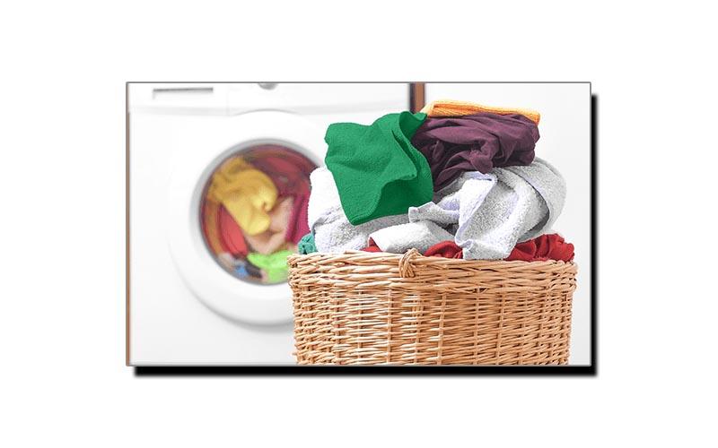 کپڑے دھوتے وقت رنگ مدھم پڑتا ہو، تو یہ ٹوٹکا آزمائیں