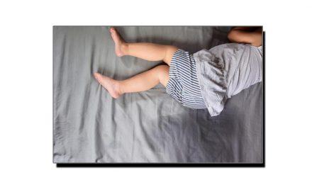 بچوں کی بستر پر پیشاب کرنے کی وجوہات