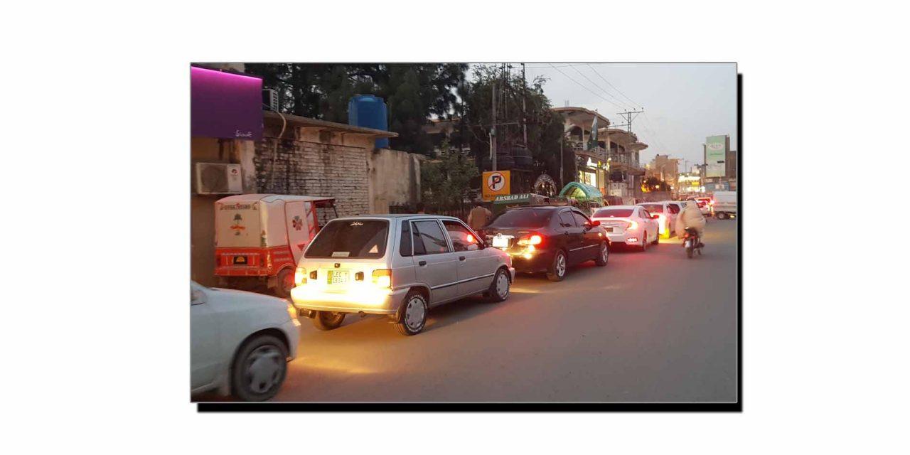 مینگورہ میں ٹریفک کا مسئلہ حل کیوں نہیں ہو پا رہا؟