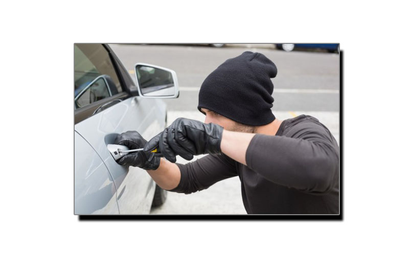 جانتے ہیں سب سے زیادہ گاڑیاں کس موقعہ پر چوری ہوتی ہیں؟