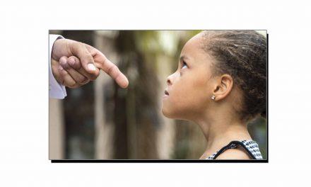 بچوں پر تنقید میں احتیاط سے کام لیجیے!