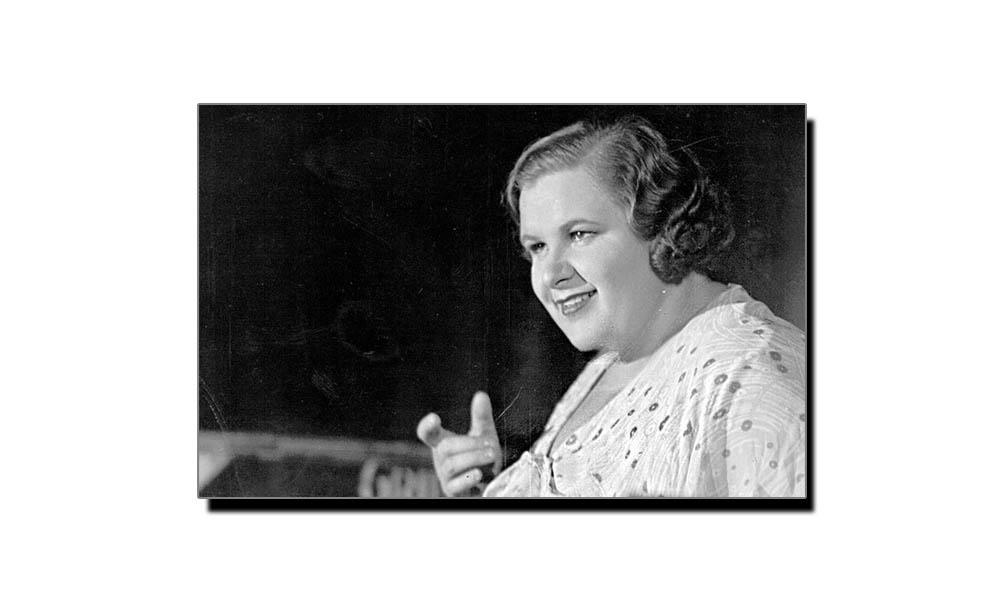 1 مئی، ریڈیو کی اولین خاتون کا یومِ پیدائش