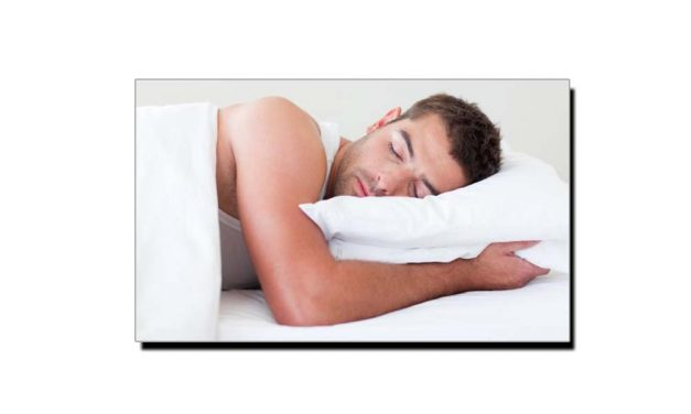 نیند کی کمی ویک اینڈ پر پوری کرنے کا یہ نقصان جانتے ہیں؟